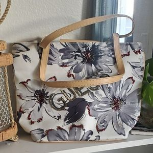 Adorable floral fabric Guess Purse